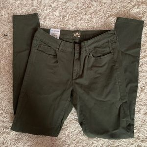 NWT army green high waisted jeggings